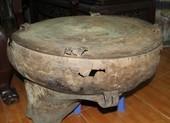 Ngư dân phát hiện trống đồng trên sông Cổ Chiên