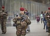 Pháp tăng cường lực lượng ngăn biểu tình bạo động 'Áo vàng'