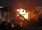 Phụ nữ, trẻ em chết trong các đợt không kích của Israel