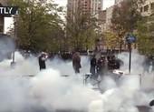 Paris chìm trong bạo lực tròn 1 năm biểu tình 'Áo vàng'