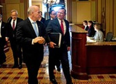 Luận tội ông Trump: Thượng viên ngăn Dân chủ thêm bằng chứng