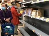 Lo dịch Corona kéo dài, dân Hong Kong đổ xô 'gom' giấy vệ sinh