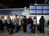 Người ở châu Âu ào ào bay sang Mỹ trước lệnh cấm bay