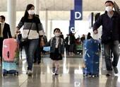COVID-19: Hong Kong báo động đỏ, cách ly bắt buộc nhiều nước
