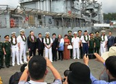 Tàu sân bay Hoa Kỳ thăm Đà Nẵng