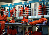 Tù nhân Mỹ giữa dịch COVID-19: Không khác án tử hình
