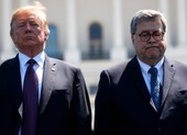 Bộ trưởng Mỹ bật lại việc ông Trump nói vào hầm để 'kiểm tra'
