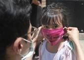 Mỹ thúc giục mở cửa trường học dù dịch ngày càng nặng