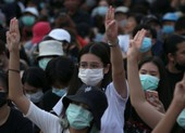 Thái Lan: Hàng ngàn sinh viên biểu tình đòi chính phủ từ chức