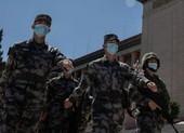 Thứ trưởng Mỹ tới Đài Loan, Trung Quốc tập trận dằn mặt