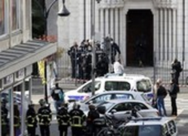 Pháp: 1 người Tunisia chặt đầu 1 phụ nữ, giết 2 người khác