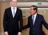 Ngoại trưởng Hungary dương tính với COVID-19 khi đến Thái Lan