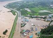 Hàn Quốc: Mưa lũ làm 30 người chết, dự báo đón thêm bão khác