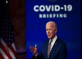 Ông Biden phàn nàn tốc độ phân phối vaccine COVID-19 ở Mỹ