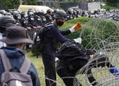 Thái Lan: Người biểu tình kéo đến doanh trại quân đội