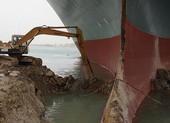Vụ nghẽn kênh đào Suez: Mỹ đề nghị gửi hải quân hỗ trợ