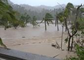 Siêu bão Goni gây vỡ đê, làm 4 người chết ở Philippines