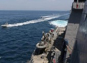 4 tàu Iran quấy rối 2 tàu tuần tra Mỹ ở vịnh Persian
