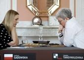Trọng tài Ba Lan xin lỗi vì gỡ bỏ cờ Nga trong trận đấu cờ đam