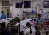 Ấn Độ: Dịch ngày thêm nguy cấp, bắt đầu mở rộng phong toả