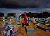 Reuters: Gần 6,9 triệu người có thể đã tử vong vì COVID-19