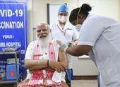 Chiến lược vượt dịch COVID-19 của Ấn Độ: Vaccine!