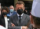 Video: Tổng thống Pháp Macron bị tát giữa phố
