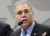 COVID-19 hoành hành, Brazil lần thứ 4 thay Bộ trưởng Y tế