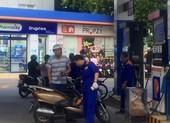 Nhiều cửa hàng xăng dầu đóng cửa vì lý do... 'khó đỡ'