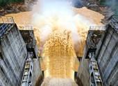 Tranh cãi nảy lửa về việc thủy điện xả lũ gây thiệt hại
