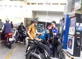Tranh cãi về mở cửa cho nước ngoài bán xăng
