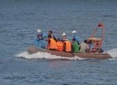 Tàu chìm 13 ngư dân thoát chết trên vùng biển Đà Nẵng