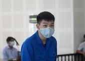 Tổ chức cho người TQ nhập cảnh trái phép: Bị cáo bật khóc