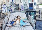 Bé gái 15 tháng tuổi trụy tim do mắc tay chân miệng