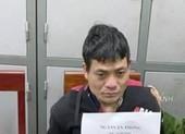 Cảnh sát chờ 'đệ tử' ngủ quên, xông vào bắt 'trùm' ma túy