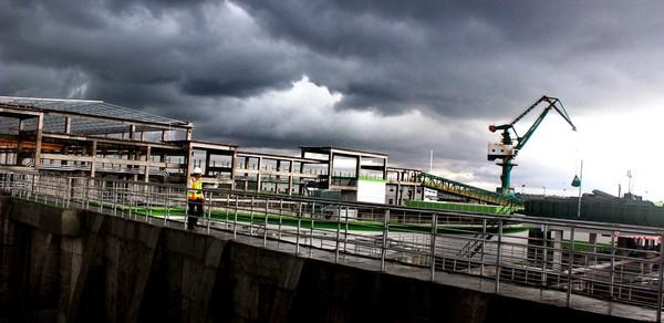 Một góc khu xử lý nước thải nhà máy giấy Lee&Man (ảnh GIA TUỆ)