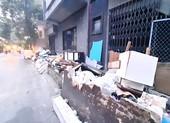 Góc ảnh: Đường ngổn ngang rác