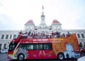 Ngày 20-11, giáo viên được đi xe buýt mui trần miễn phí