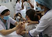 Ngày đầu tiêm vaccine COVID-19: An toàn