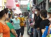 Tiểu thương Đà Nẵng: 'Giờ bán được ngày nào hay ngày nấy'