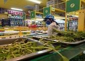 Một siêu thị lập 35 điểm bán hàng xuyên đêm tại TP.HCM