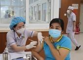 Hội doanh nhân trẻ Việt Nam tiếp tục vận động ATM nhân lực tiêm vaccine