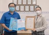 Lê Thành tặng hàng ngàn phần quà cho 2 khu phố bị phong tỏa ở quận Bình Tân