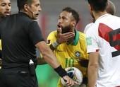Neymar không lừa nổi VAR, Brazil vẫn thắng bốn sao