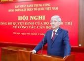 Công bố quyết định của Bộ Chính trị về nhân sự