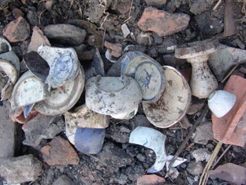 Hàng trăm mảnh gốm sứ phát lộ phản ánh những dấu tích khảo cổ học quan trọng về cảng Bến Nghé xưa