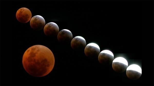 Video trực tiếp: 'Mặt trăng máu' đang xảy ra trên bầu trời 2