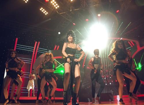 Mi-A trong tập này hóa thân thành ca sĩ Rihanna với ca khúc 'Where Have You Been'.