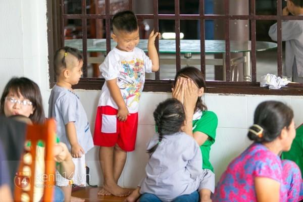 Chuyện về 12 trẻ sơ sinh bị bỏ rơi ở một ngôi chùa 25