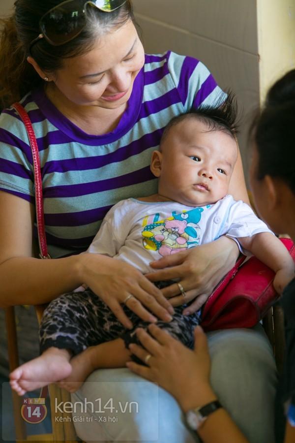 Chuyện về 12 trẻ sơ sinh bị bỏ rơi ở một ngôi chùa 5